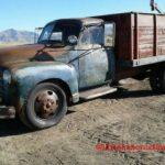 An old farm dump truck